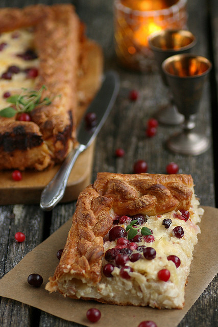 Sauerkraut pie with bacon and cranberries
