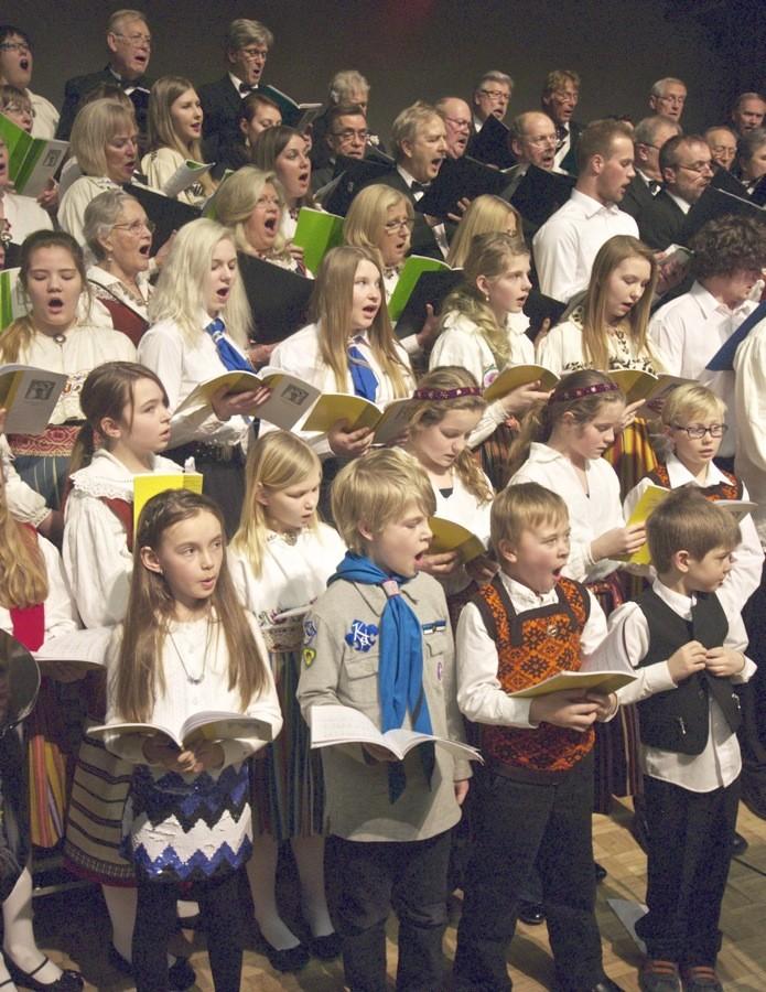 Estonian community in Toronto by Peeter Põldre Eesti Elu