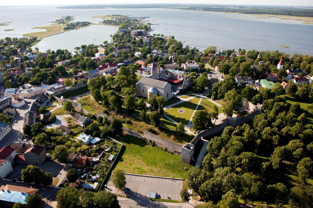 Haapsalu castle from the air