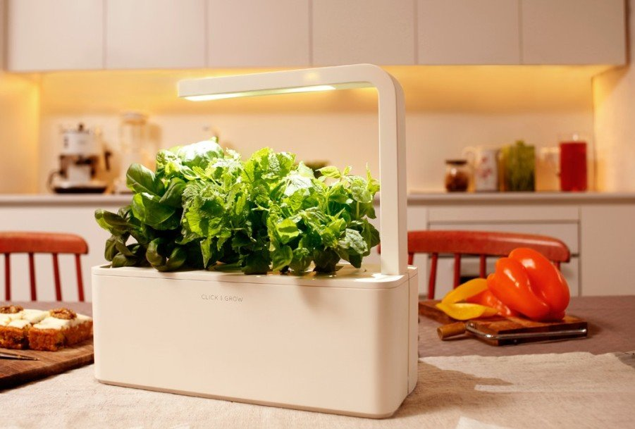 Click & Grow Smart Herb Garden