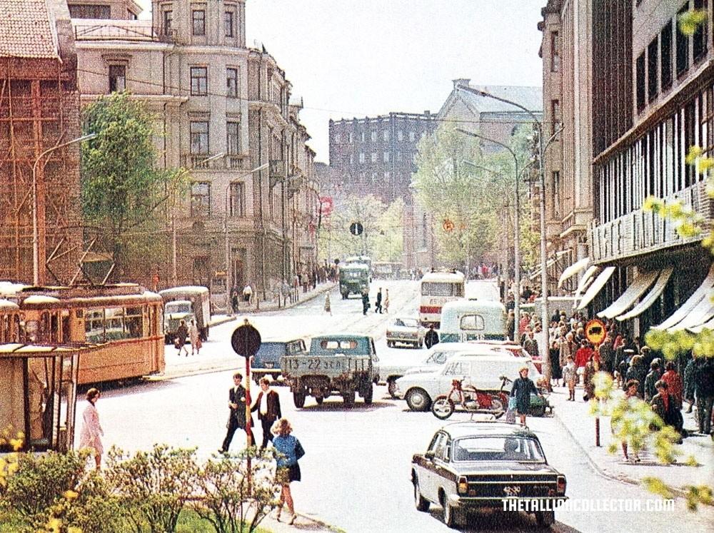 viruhillview 1975