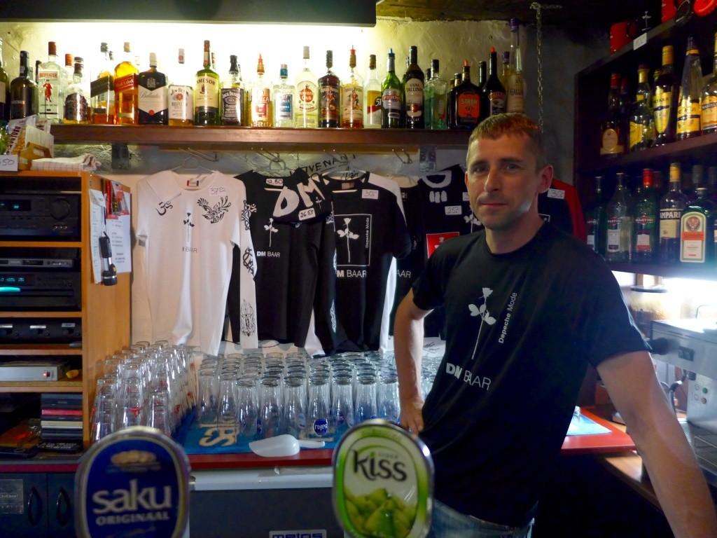 DM Bar