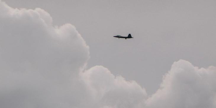 F-22 I