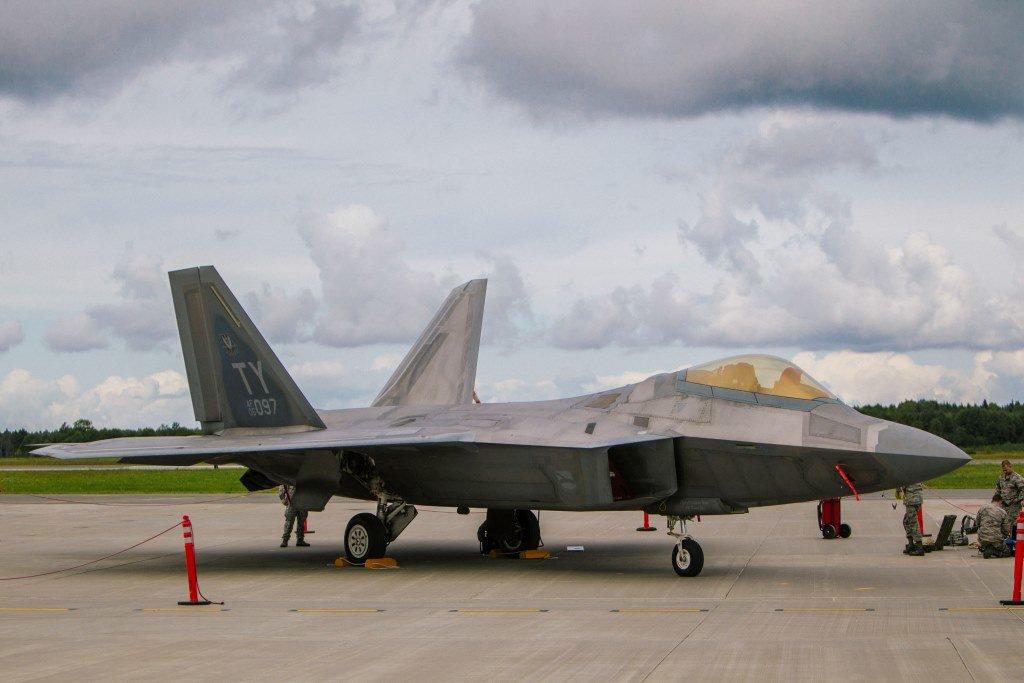 F-22 IV