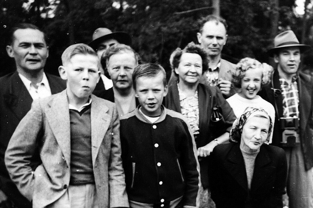 Seattle 1950 family