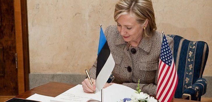 Clinton in Estonia - Andres Putting