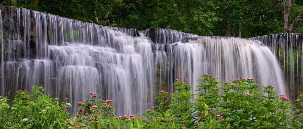 Kejla Joa waterfall.