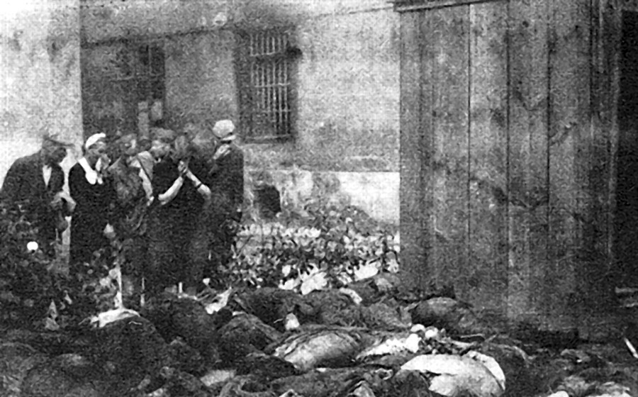 Victims of Soviet NKVD in Lviv, June 1941 - Wikipedia Commons