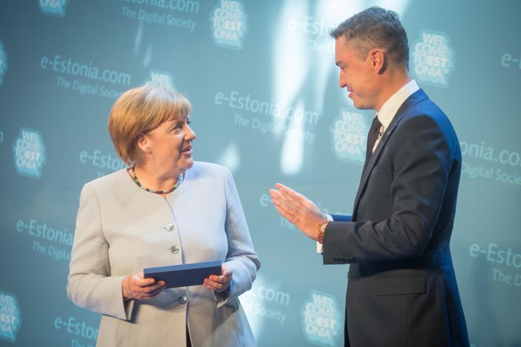 Merkel in Estonia - photo by Tauno Tõhk