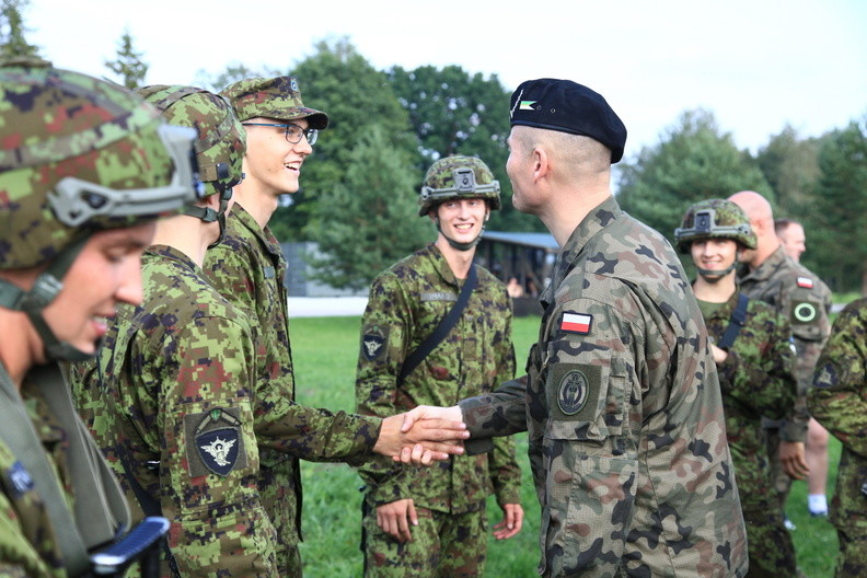 estonian-and-polish-soldiers-taking-part-in-exercise-in-estonia-ii