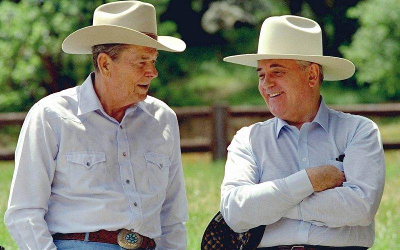 Reagan and Gorbachev were close. Photo by Bob Galbraith-AP