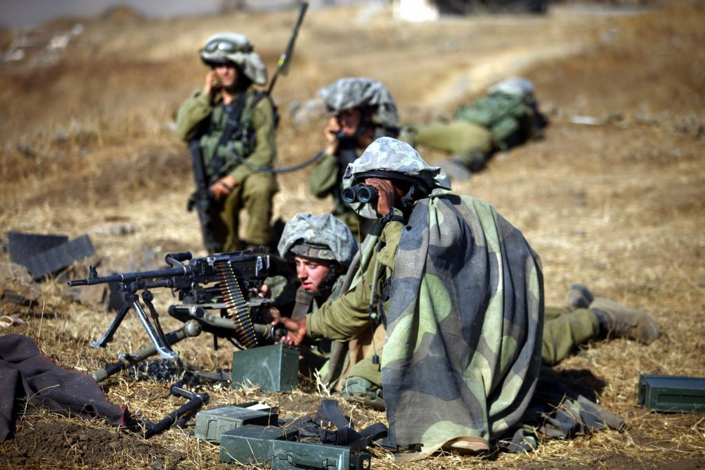 Soldiers of the Golani Brigade on the Golan Heights. Photo: IDF, shared under the CC BY-SA 3.0 licence.