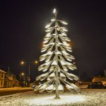 The Viljandi Christmas tree is made of 77 streetlights.