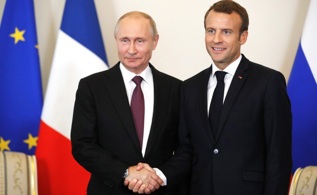 The French president, Emmanuel Macron, with his Russian counterpart, Vladimir Putin. Photo: the Kremlin.