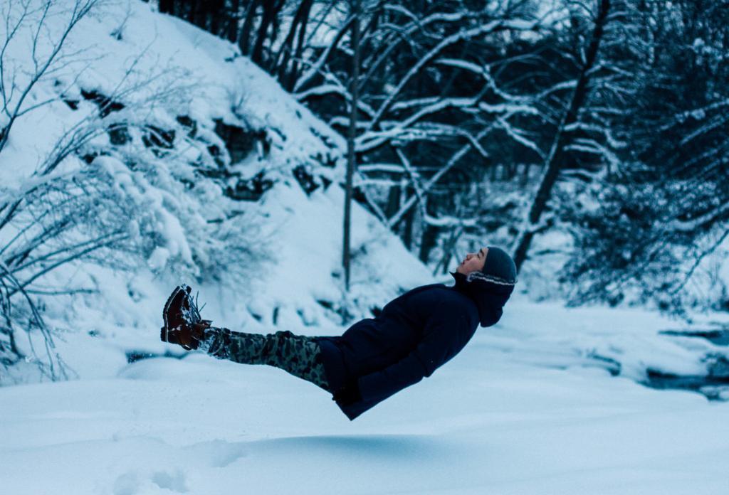 Pynchon Woo enjoying the Estonian winter.